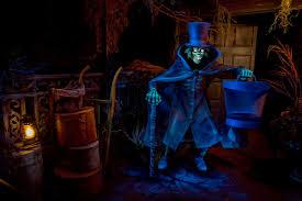 disneyland u0027s hatbox ghost returns to haunted mansion u2013 orange