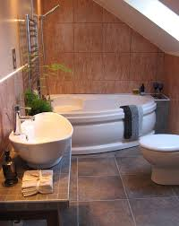 cool bathtub for small bathroom design ideas
