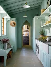 Country Laundry Room Decor Country Laundry Room Ideas Laundry Room Mediterranean With