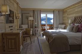 chambre montana chambres suites hotel crans montana hôtel royal dans les alpes