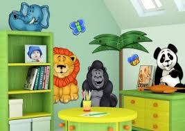 chambre jungle enfant design chambre enfant palmier animaux jungle vert jaune chambre