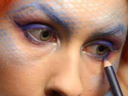 Eyeliner Halloween Makeup by Halloween Mermaid Makeup For Adults Hgtv