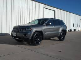 cherokee jeep 2016 black jeep grand cherokee altitude vs laredo w options mustang forum