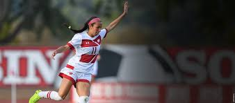 women u0027s soccer wisconsin athletics badgers make it rain on