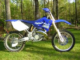 best 250 2 stroke motocross bike 2010 yz250f with 06 yz 2 stroke 250 wedged in moto related