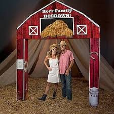 hoedown barn entrance western theme decorations barn arch