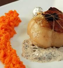 comment cuisiner des cuisses de pintade cuisse de pintade farcie aux chignons et au foie gras malvoisine