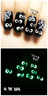671 best halloween nail art images on pinterest halloween nails