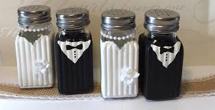 wedding salt and pepper shakers 50 funniest salt and pepper shakers home living