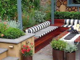 Small Garden Designs Ideas Pictures Contemporary Garden Design Ideas And Tips