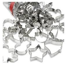 wilton 30 piece holiday cookie cutter set stainless steel baking