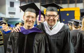 faculty regalia faculty should rsvp rent regalia for commencement 2017 now uaf