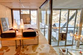mezzanine bedroom mountain views heinz julen loft in zermatt