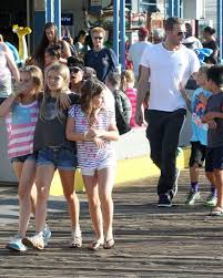 chris martin and gwyneth paltrow kids apple martin photos photos chris martin with his kids at the
