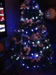 dallas cowboys christmas lights how to create a dallas cowboys christmas tree snapguide