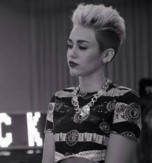 miley cyrus type haircuts 853 best miley cyrus images on pinterest miley cyrus idol and