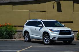 toyota highlander vs nissan pathfinder first drive 2014 toyota highlander xle awd six speed blog