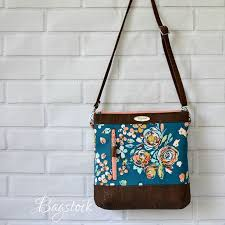 pattern for tote bag with zipper 19 best bagstock sewing patterns images on pinterest cross body