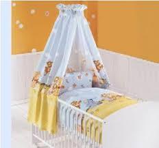 chambre bebe winnie l ourson pas cher lit bebe winnie lourson idées décoration intérieure farik us