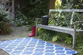 Plastic Feet For Outdoor Furniture by Amazon Com Fab Habitat Tangier Recycled Plastic Rug Regatta