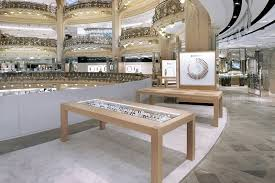 Apple Store Paris by Apple Watch Pop Up Shop At Galeries Lafayette In Paris Shuts Down