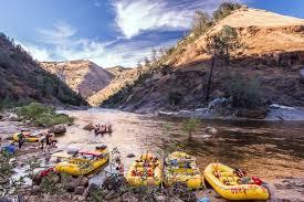 tuolumne river whitewater rafting near yosemite