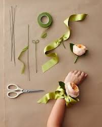 how to make a wristlet corsage best 25 wrist corsage ideas on wrist corsage wedding