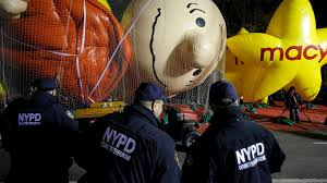 cbs thanksgiving day parade nypd is preparing for a possible isis terror attack at macy u0027s