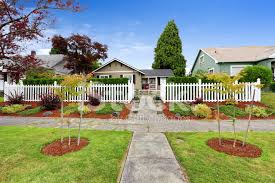 Beautiful Front Yard Landscaping - american house exterior with beautiful front yard landscape desi