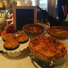 thanksgiving dinner buffet style stars show off their lavish thanksgiving dinners online daily