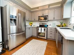 Buying Kitchen Cabinets by Property Brothers Drew And Jonathan Scott On Hgtv U0027s Buying And