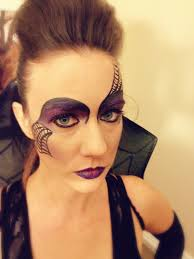 halloween eye makeup spider web the spider queen bakes thanks to the world wide web rachel u0027s table