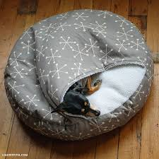 Covered Dog Bed Best 25 Homemade Pet Beds Ideas On Pinterest Diy Toys For Cats