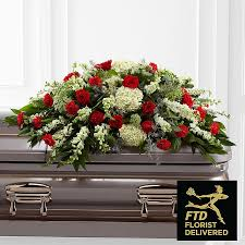 casket spray casket sprays casket flowers and spray arrangements