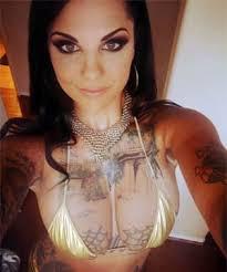 bonnie rotten is a tattooed pornstar on porndig