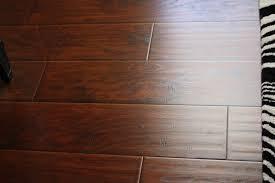 Laminate Wood Flooring Bathroom Fresh Laminate Wood Flooring At Menards 8579