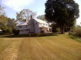 country farmhouse vaden homeplace charming country farmhouse terrific view of