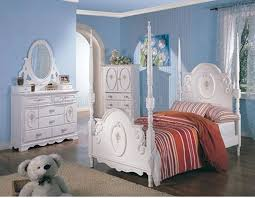 White Princess Bed Frame Princess Bedroom Set White With Poster By Coaster