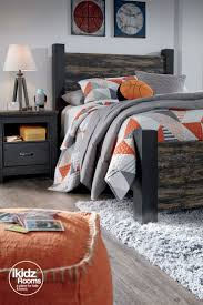 best 25 ashley furniture kids ideas on pinterest rustic kids create your own statement making style with the westinton full poster bed featuring orange neutral lampskids bedroom furniturebedroom