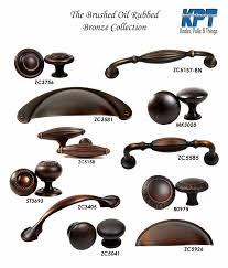 kitchen cabinets with bronze hardware knobs handles pulls brushed rubbed bronze kitchen bathroom cabinet hardware