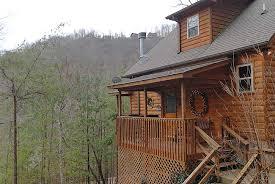 one bedroom cabin rentals in gatlinburg tn flowering radiance hidden lakes estates wears valley 151 1 bedroom