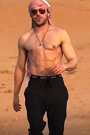 Zac Efron Pictures Of Zac Efron Shirtless Zac Efron Photos