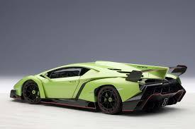 Lamborghini Veneno Yellow - autoart highly detailed die cast model green lamborghini veneno