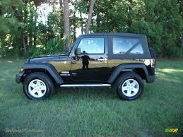 dark gray jeep llanody jeep wrangler sport black