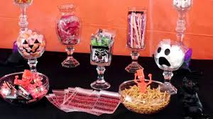 halloween glass jars diy halloween candy display jars youtube