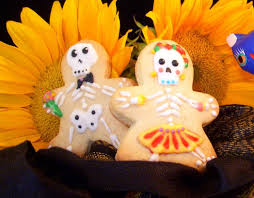halloween decorated sugar cookies and cupcakes samlovesbaking