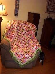 yo yo quilt is done sew whats new com fuxico pinterest