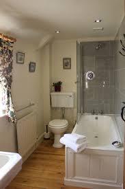 cottage bathrooms ideas small cottage bathrooms home design plan