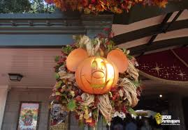 sunday photo story halloween on main street usa wdw parkhoppers