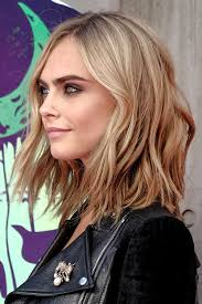 styling shaggy bob hair how to cara delevingne wavy light brown bob shaggy bob hairstyle steal